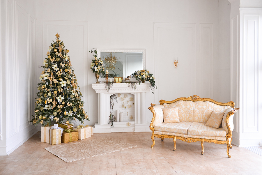 ... in places like New York or Los Angeles, you can find firms that rent everything from live Christmas trees to entire Christmas decorating collections.