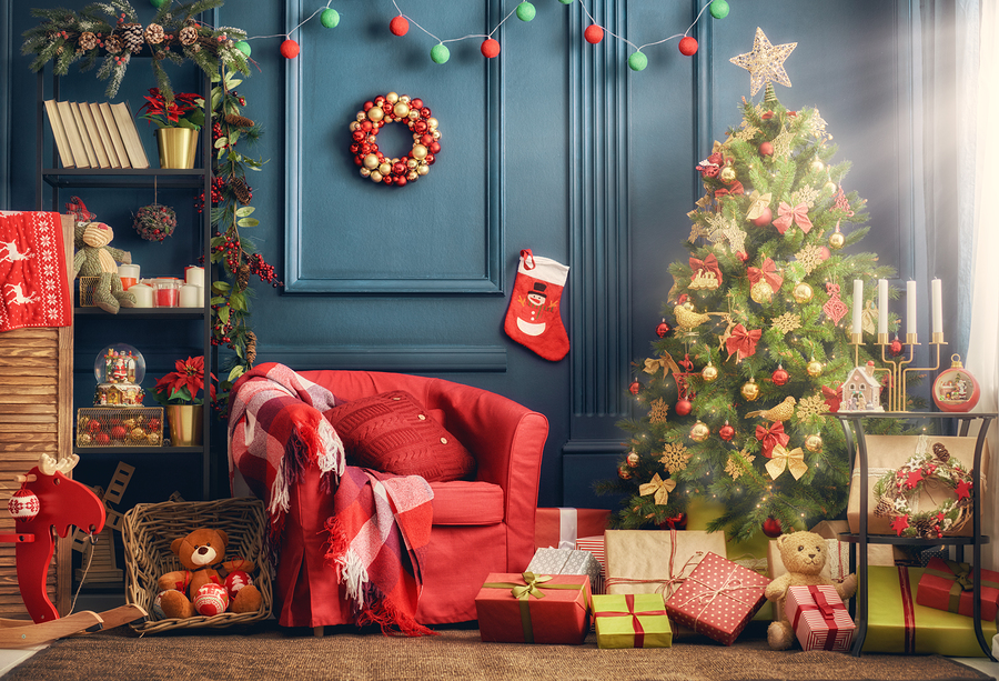 Merry Christmas and Happy Holidays decor