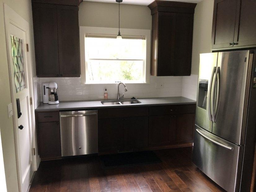 image 10 furnished 2 bedroom House for rent in Portland Northwest, Portland Area