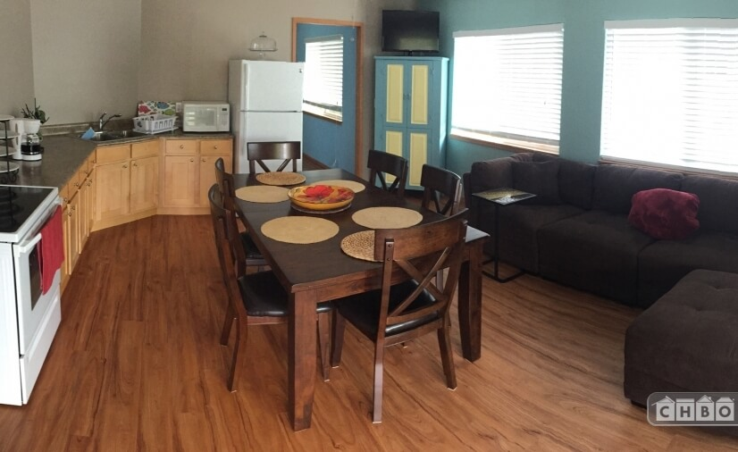 image 2 furnished 3 bedroom Apartment for rent in Kailua, Oahu