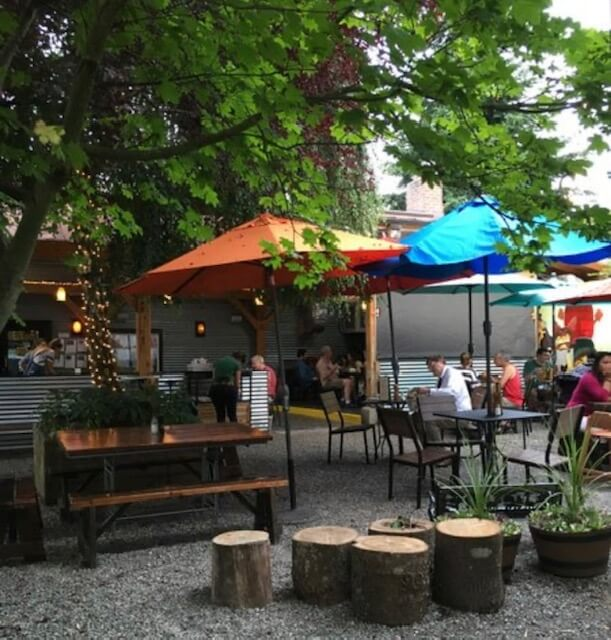 Plenty of outdoor dining and food trucks