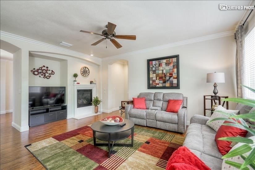 image 3 furnished 4 bedroom House for rent in Roseville, Sacramento - Stockton