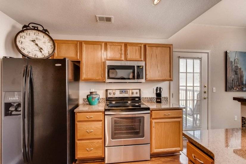 image 8 furnished 3 bedroom Townhouse for rent in Centennial, Arapahoe County