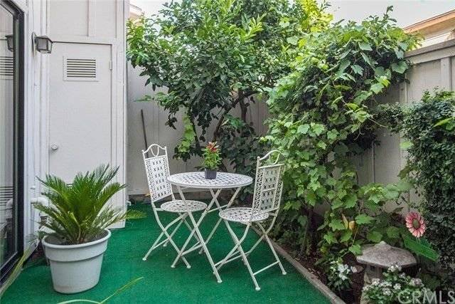 image 9 furnished 2 bedroom Townhouse for rent in Arcadia, San Gabriel Valley