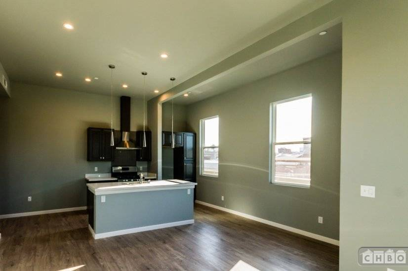 image 7 unfurnished 2 bedroom Apartment for rent in Oakland Downtown, Alameda County