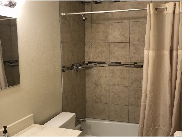 Downstairs Bathroom with Bathtub/shower combo