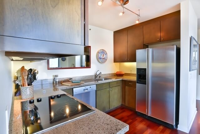 image 10 furnished 2 bedroom Townhouse for rent in South of Market, San Francisco