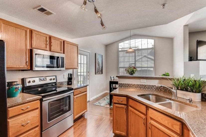 image 5 furnished 3 bedroom Townhouse for rent in Centennial, Arapahoe County