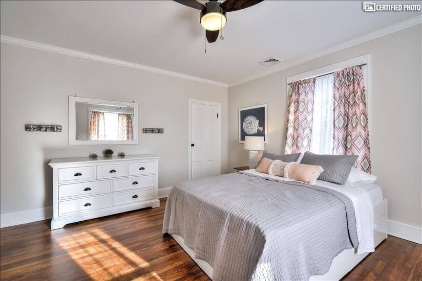 2nd Floor Bedroom and Dresser (Queen)