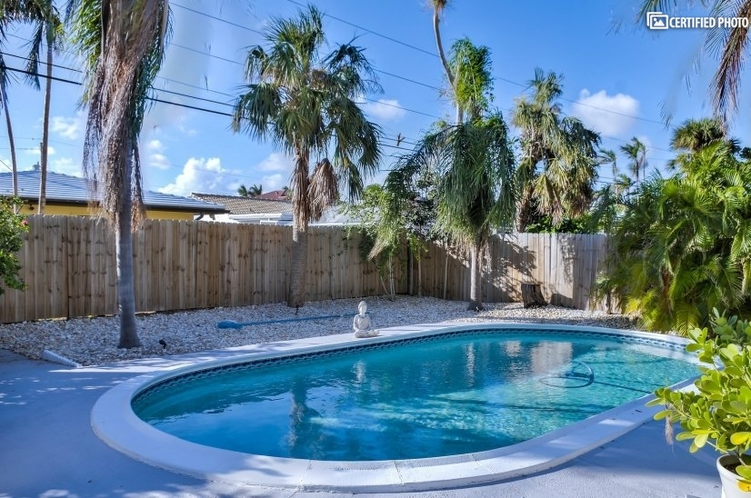 image 5 furnished 2 bedroom Townhouse for rent in Fort Lauderdale, Ft Lauderdale Area