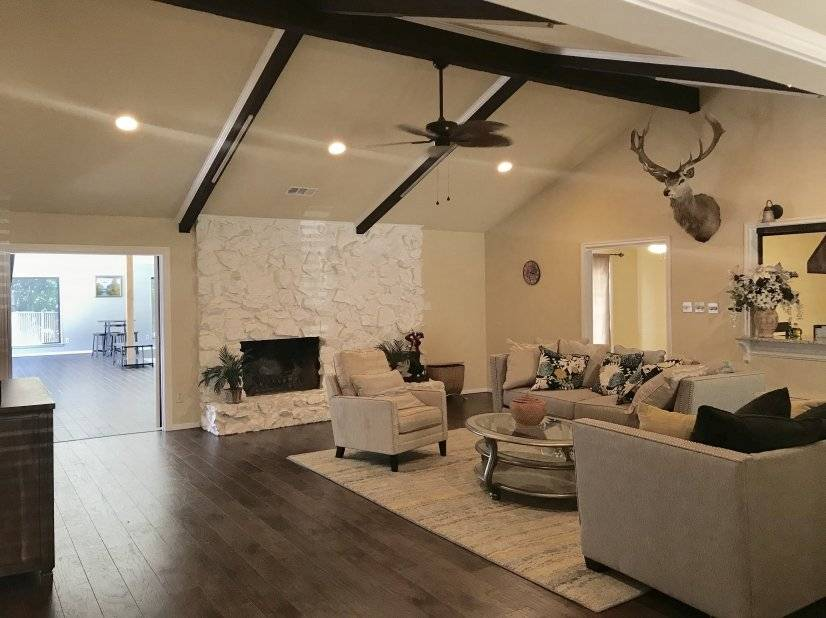 image 5 furnished 4 bedroom House for rent in Meadowbrook, Fort Worth