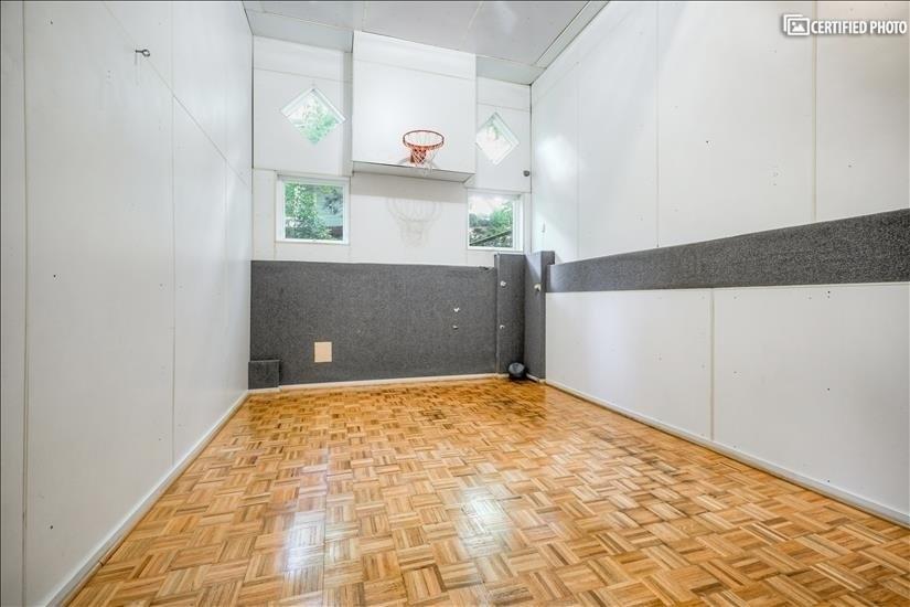 Indoor Sports Court (Level 3)