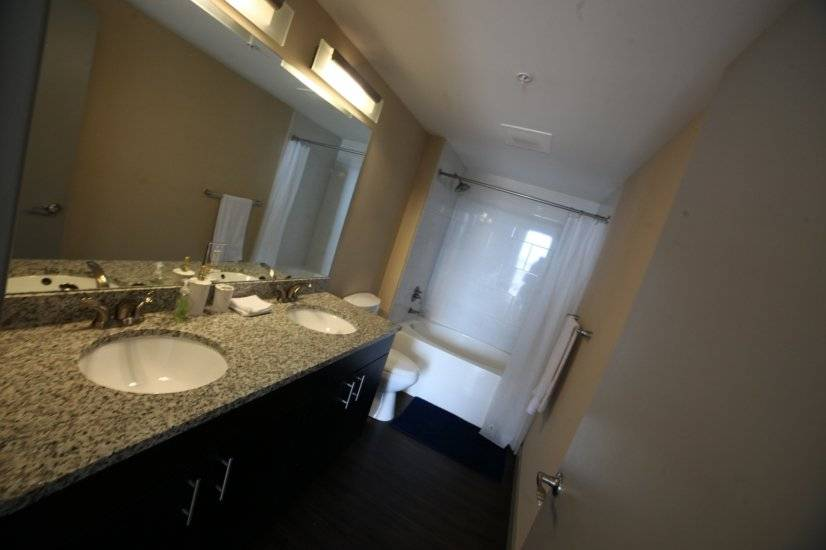 image 9 furnished 2 bedroom Townhouse for rent in Miami Shores, Miami Area
