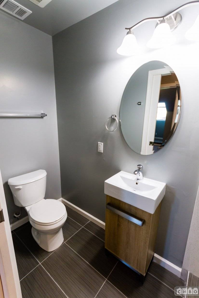 image 3 unfurnished 2 bedroom Apartment for rent in Oakland Downtown, Alameda County