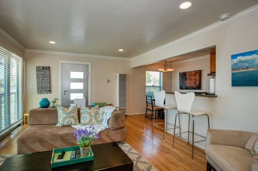 image 3 furnished 1 bedroom Townhouse for rent in Santa Monica, West Los Angeles