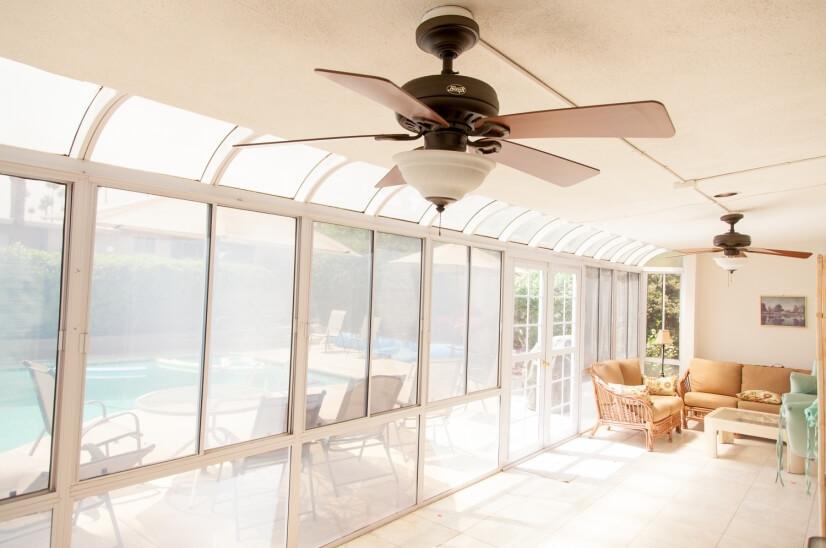 screened sun room