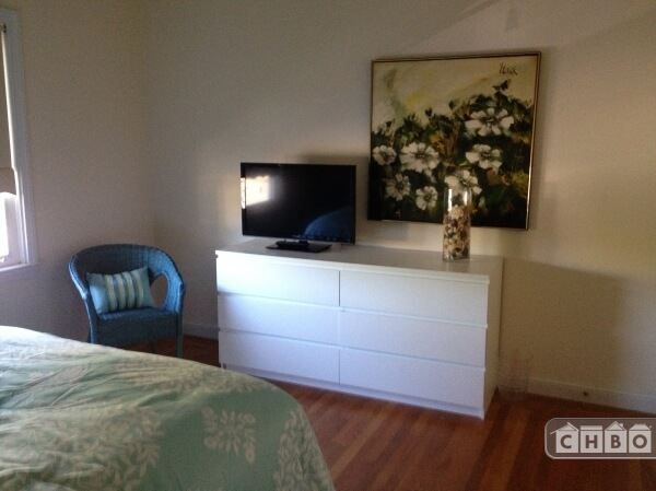 image 10 furnished 2 bedroom Townhouse for rent in Burlingame, San Mateo (Peninsula)