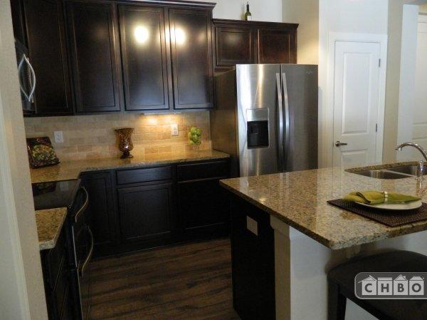 image 4 furnished 2 bedroom Townhouse for rent in Park Hill, Denver East