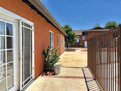 image 2 unfurnished 5 bedroom House for rent in Chino, Southeast California