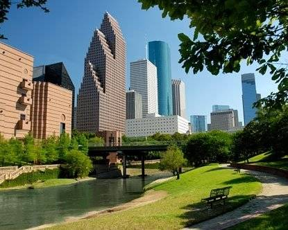 Minutes to Downtown Houston