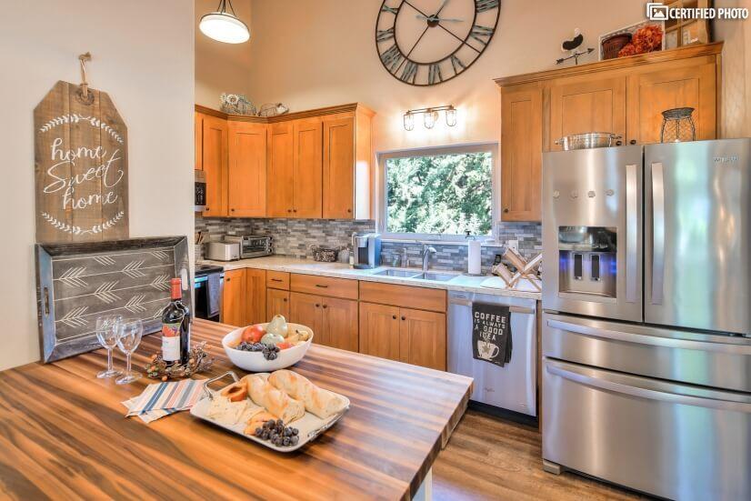 image 7 furnished 4 bedroom House for rent in Beaverton, Portland Area