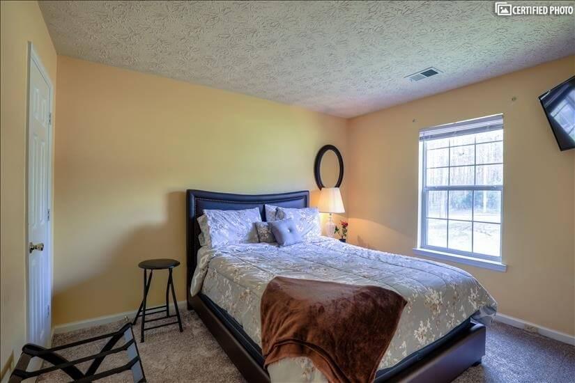 Guest Bedroom #2A