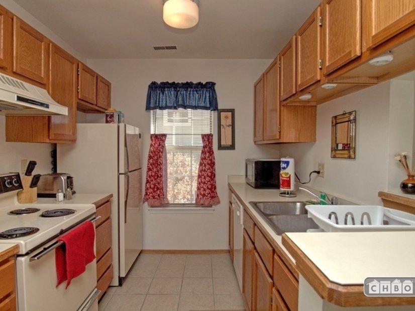 image 4 furnished 1 bedroom Townhouse for rent in Norwood, Colorado Springs