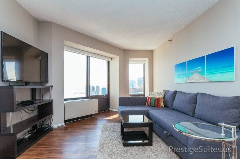 image 5 furnished 2 bedroom Apartment for rent in Near North, Downtown