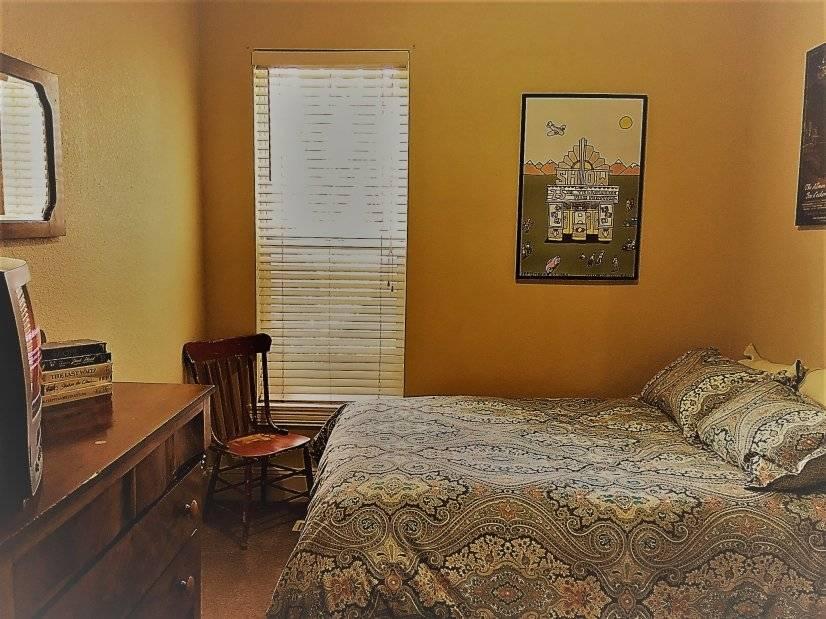 Full-Size Bedroom
