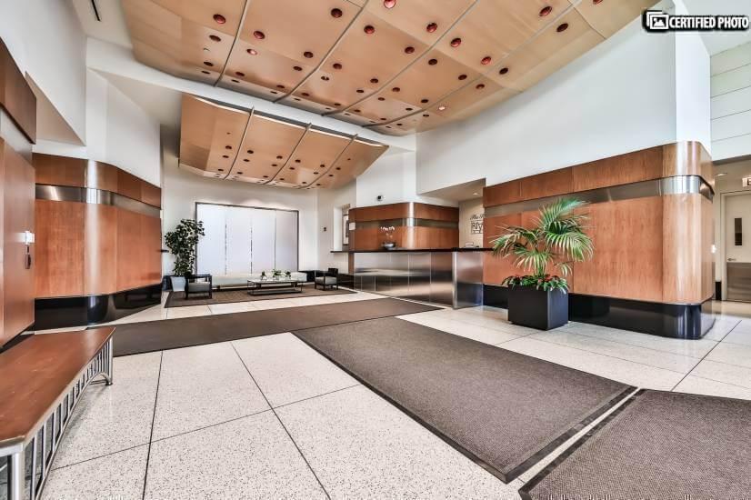 Lobby with 24 hour Doormen.