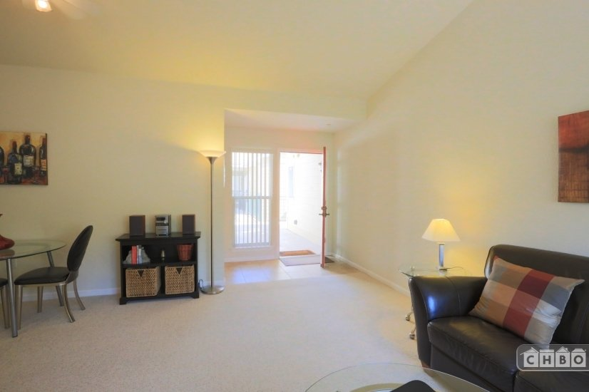 image 2 furnished 1 bedroom Townhouse for rent in Walnut Creek, Contra Costa County