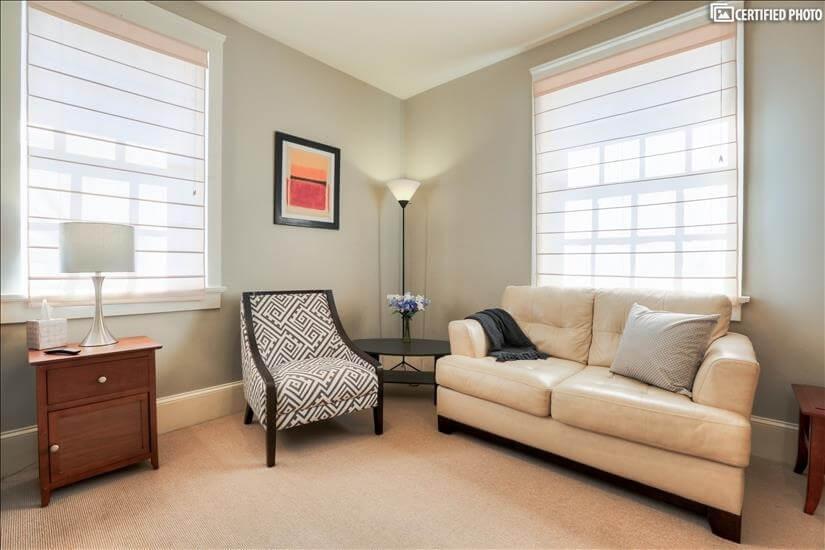 Guest Bedroom Lounge Area