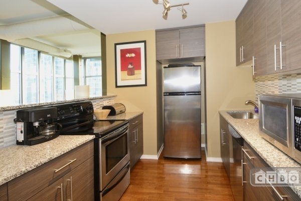 image 8 furnished 2 bedroom Townhouse for rent in Uptown, North Side