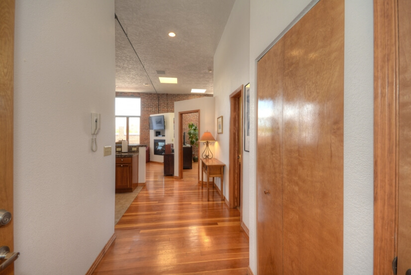 image 2 furnished 1 bedroom Loft for rent in Divine Redeemer, Colorado Springs