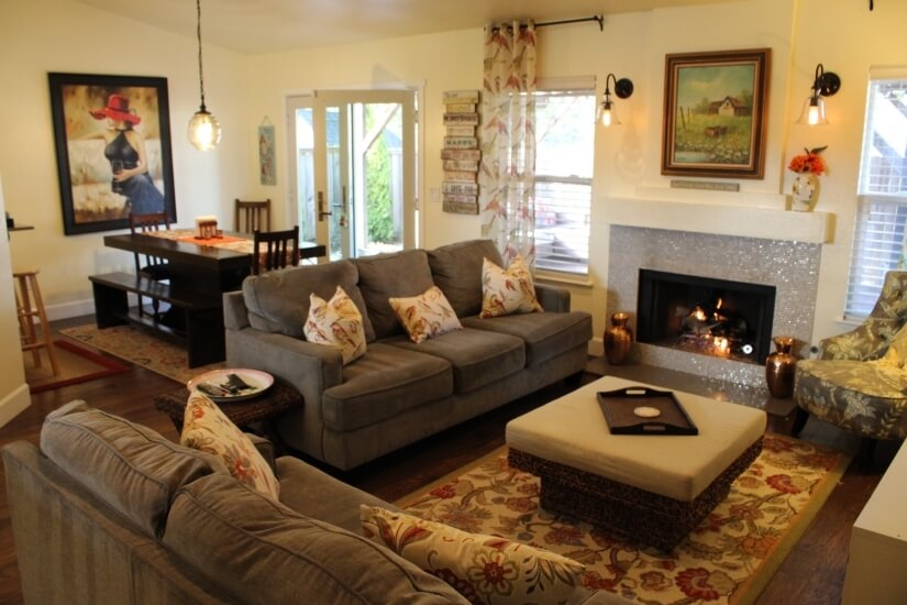 Very comfortable living room