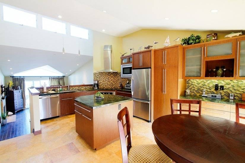 image 2 furnished 2 bedroom Townhouse for rent in Encinitas, Northern San Diego