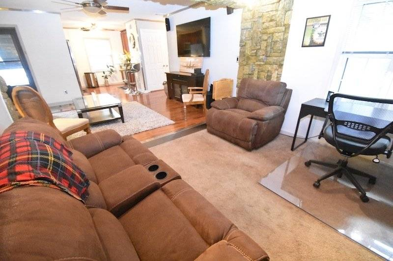 image 8 furnished 1 bedroom Townhouse for rent in Sandy Springs, Fulton County