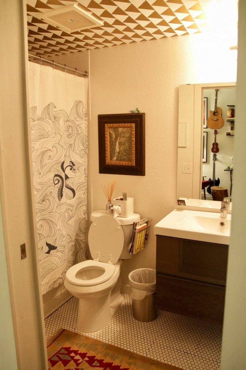 First Floor bathroom with tub