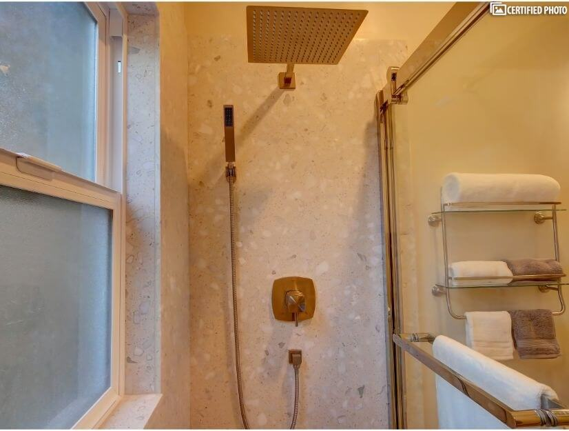 Suite A - Full size bathroom with new GOSHE shower sys. v2.