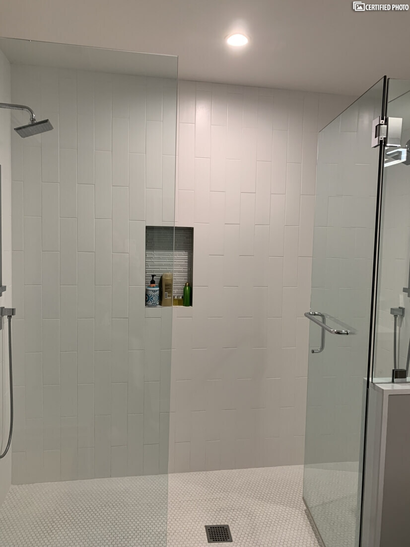 Master bedroom double shower