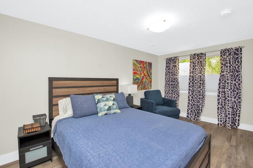 Bedroom #3 - Blue Room Queen memory foam bed