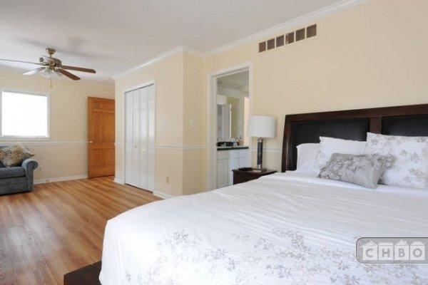 image 7 furnished 4 bedroom House for rent in Oak Park, Detroit Area