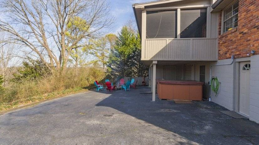 image 8 furnished 4 bedroom House for rent in Nashville East, Nashville Area