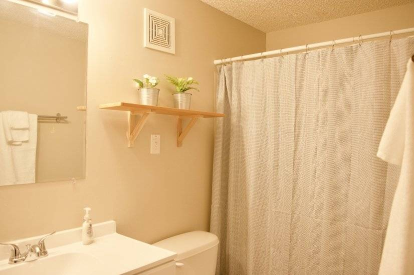 image 3 furnished 3 bedroom Townhouse for rent in Raytown, Kansas City Area