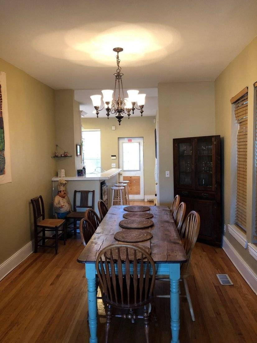 Dining Room w/ Large Table