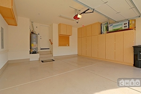 Large clean private garage