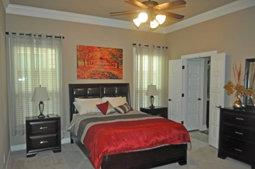 Master Bedroom - including queen bed