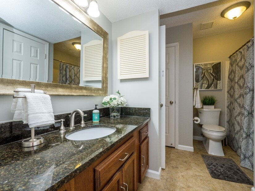 image 17 furnished 2 bedroom Townhouse for rent in Uptown, Charlotte