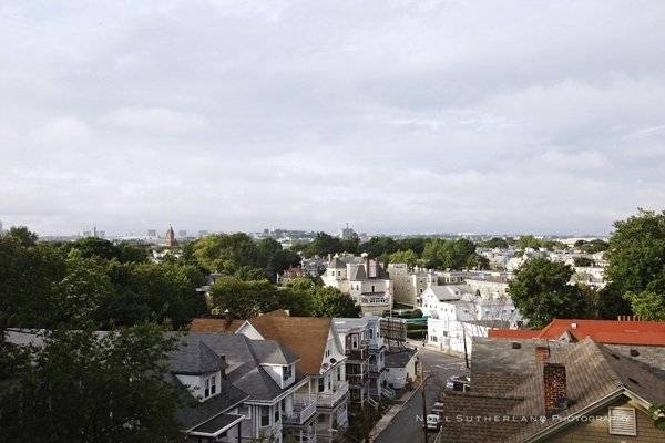 image 6 furnished 4 bedroom House for rent in Dorchester, Boston Area