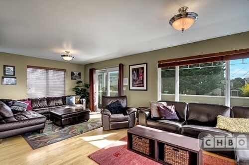 Furnished Executive Home in Seattle